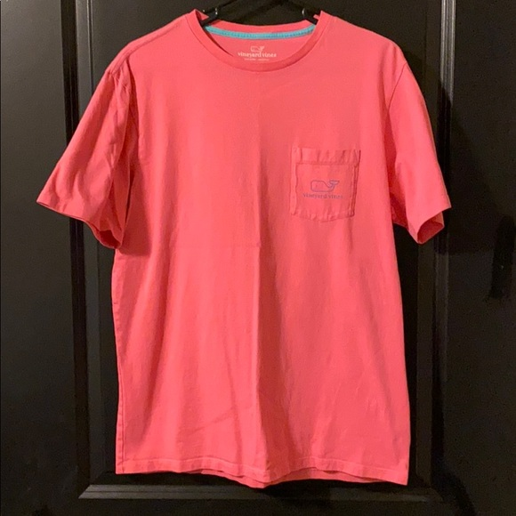 Vineyard Vines Other - Vineyard Vines short sleeve pocket tee